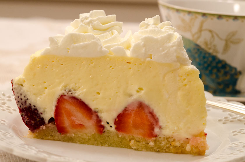 Strawberry Cake Whipped Cream Filling
