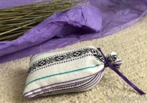 lavender sachet gathered and tied with ribbon