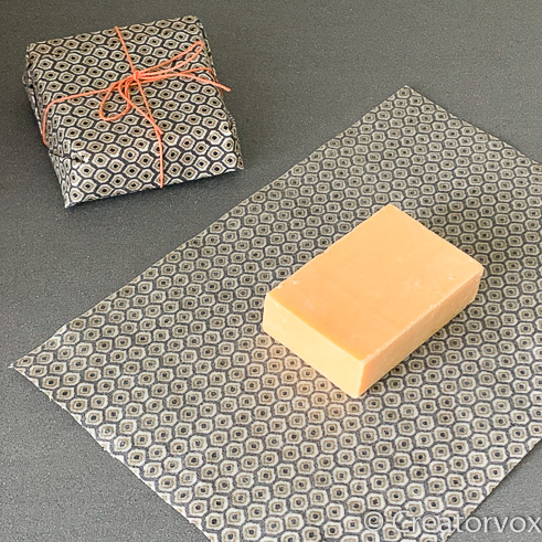 save cheese with beeswax food wraps