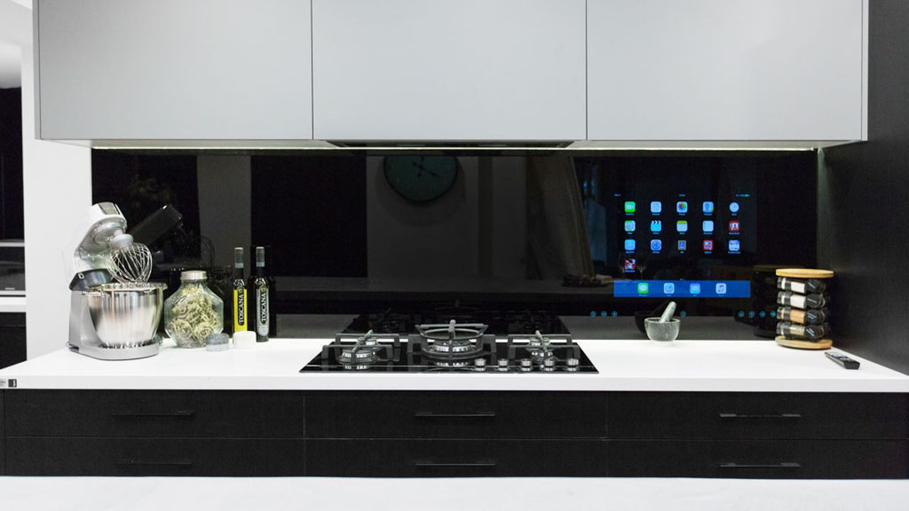 The Blocktagon Touchscreen Splashback – Kitchen Reveals – Kingi And Caro!