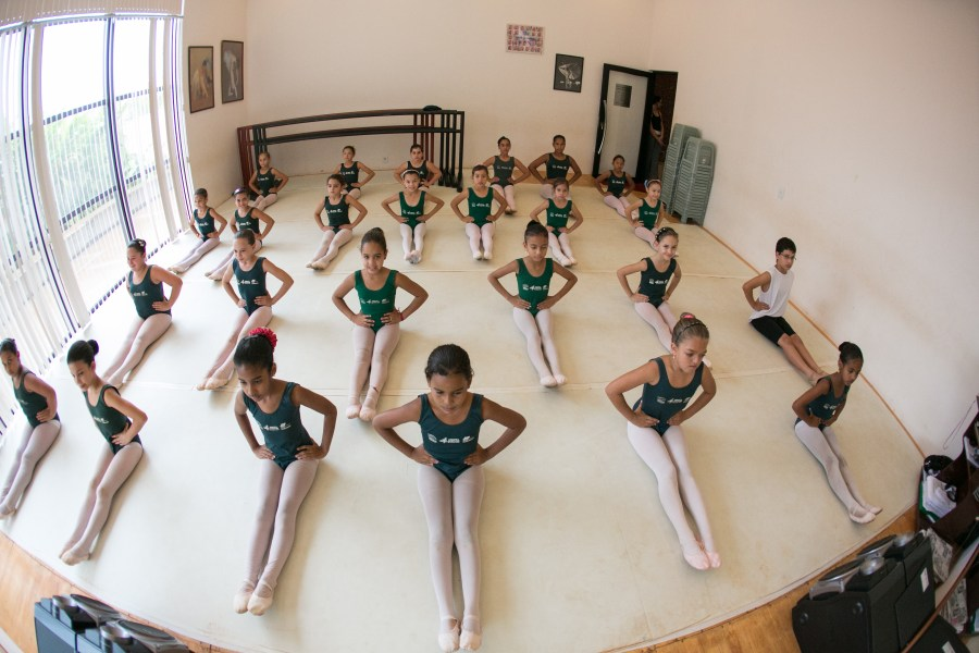 usina-da-danca-e-destaque-na-formacao-de-bailarinos