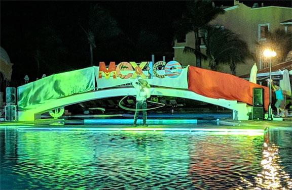 Secrets Capri Review - Mexican Night