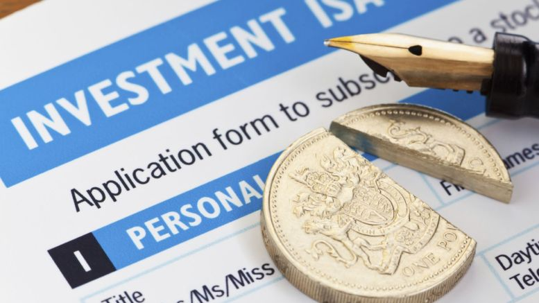 UK Consumers Dipping into Savings to Get By