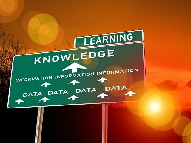 Data Knowledge Learning Road Sign