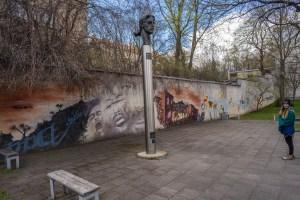 Vilnius Street Art and Churches-7