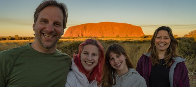 Australia Day 12-13 – The Creekmore's arrive in the Outback! Uluru, Skygazing and Kata Tjuta
