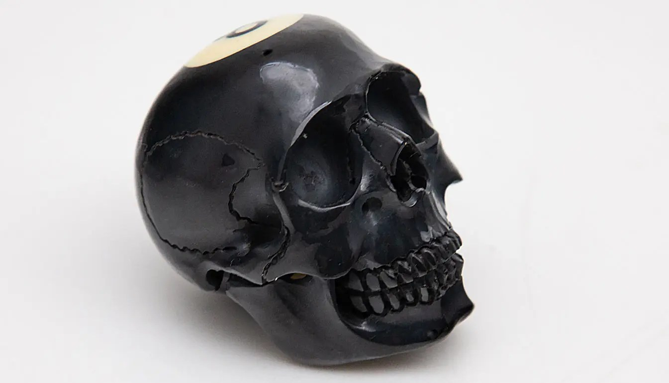black-billiard-skull-detail