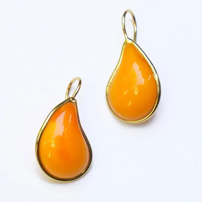 orange-teardrop-and-gold-earrings