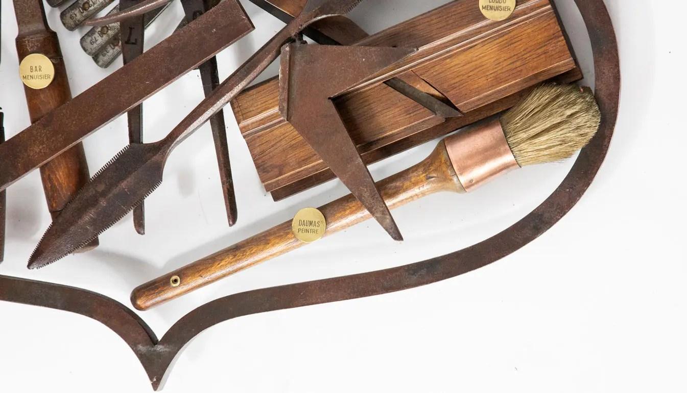 tool-sign-crest-wood