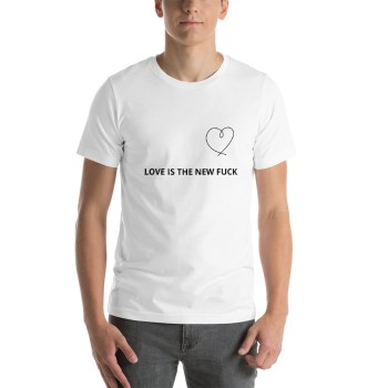 T-shirt Love is the new fuck femme