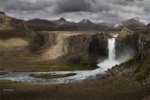 Valle de los cóndores au Chili