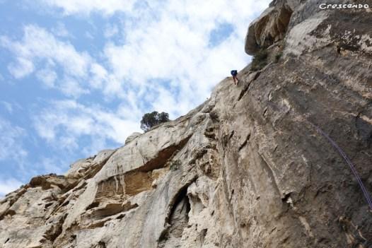 Grotte du 14 juillet - grimper dans les calanques avec moniteur