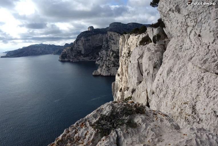 Stages d'escalade grandes voies et terrain d' aventure - Calanques Castelvieil