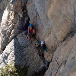 Verdon jeunes Escales - stage escalade terrain d'aventure
