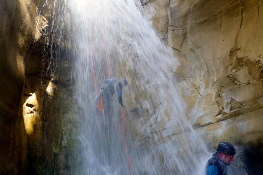 Canyoning cascade, une activité à sensations dans les Hautes Alpes