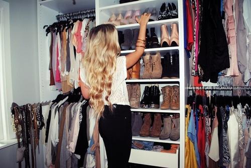 closet pequeno e simples