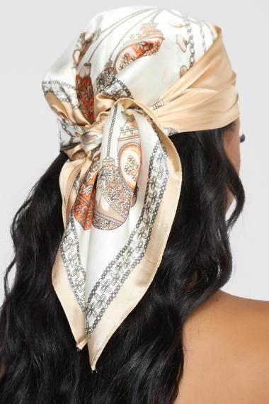 bandanas na cabeça