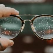 濡れたメガネ