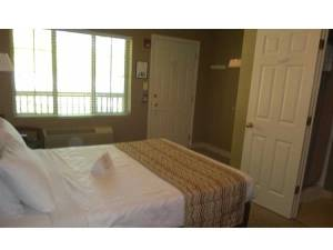 Okoboji Vacation Rental Bedroom
