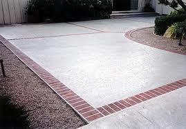 Nice Concrete Driveway to Walkway