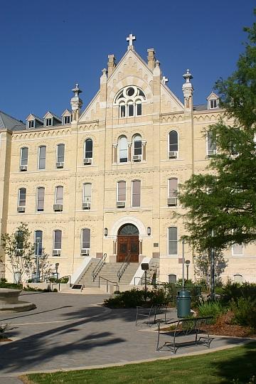Crescent Growth Capital : St. Mary's University – San ...