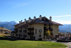 axtel condos crested butte