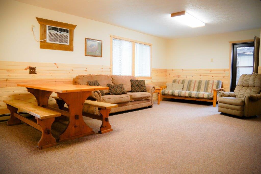 cottage 7 living room crest lodge resort table rock lake