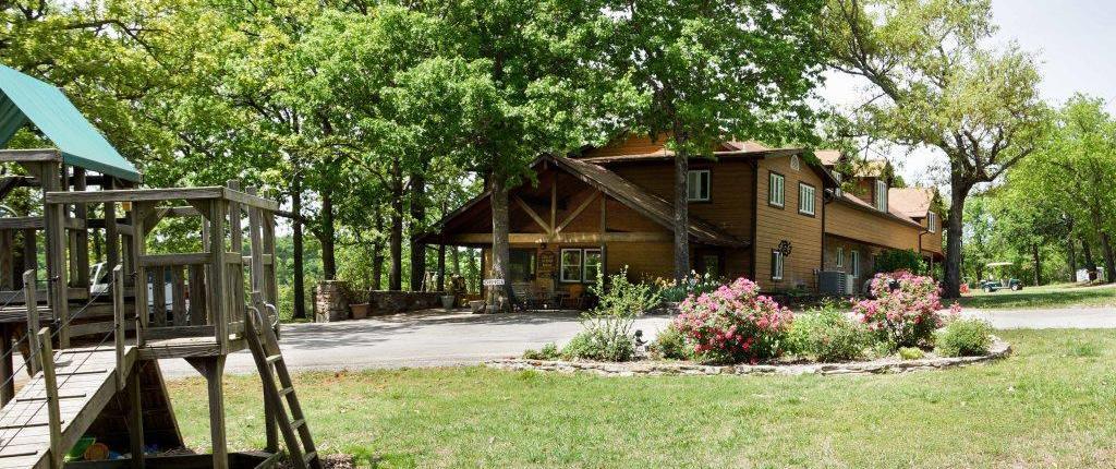 crest lodge resort table rock lake