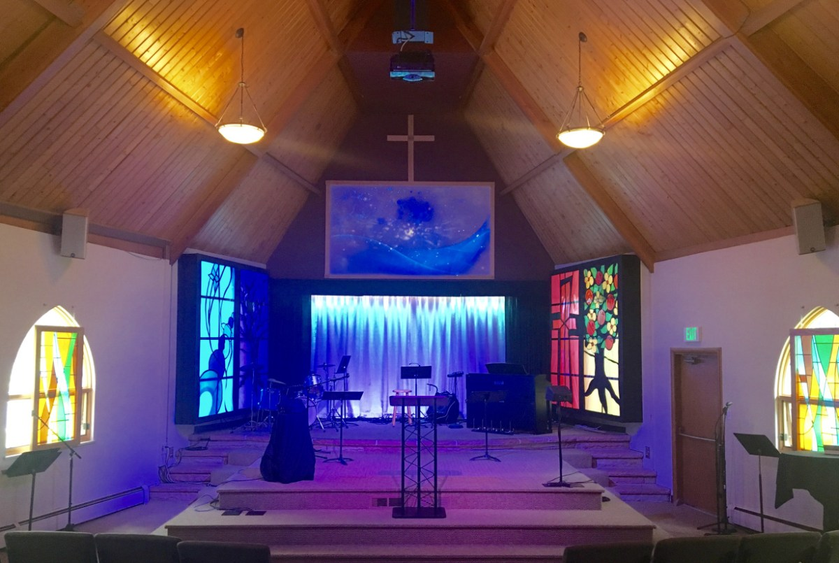 Photo of the Crestview church sanctuary.