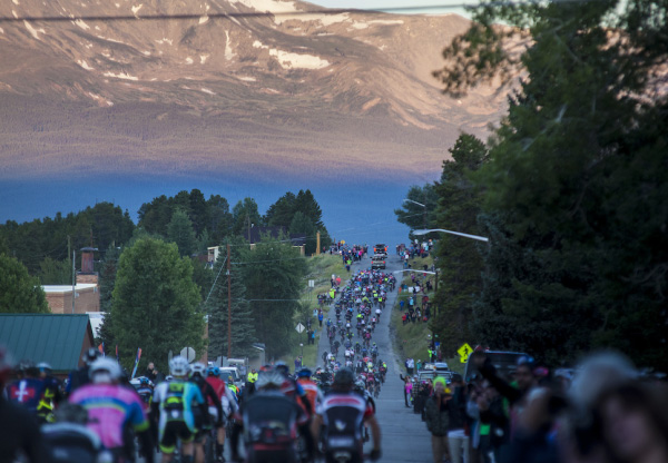 Photo of cyclists in the Leadville 100.