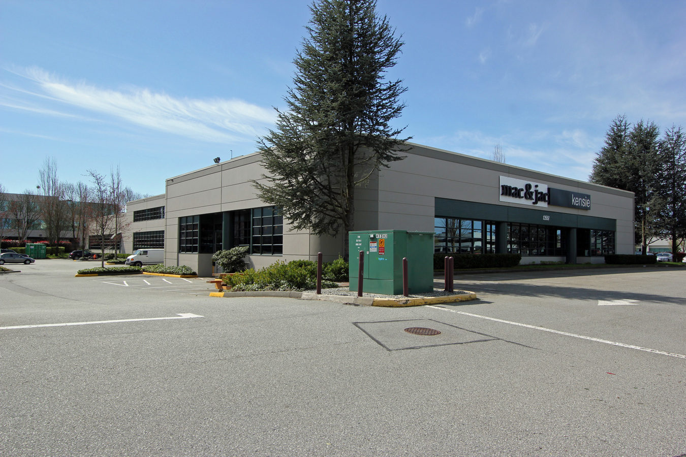 https://i1.wp.com/crestwoodcorporatecentre.com/wp-content/uploads/2020/07/Crestwood-Corporate-Centre-Building-4-Exterior.jpg?fit=1350%2C900&ssl=1