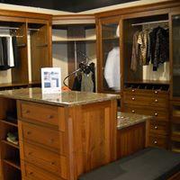 Custom Closet Display