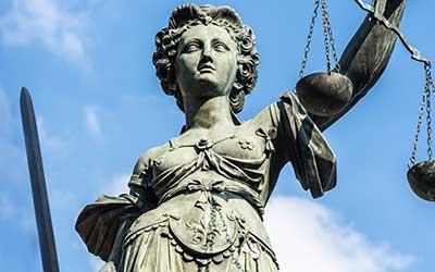 Αλληλεγγύη Ένωσης Δικαστών & Εισαγγελέων