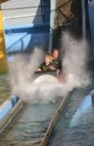 19 log flume 3 aka splash down_resize