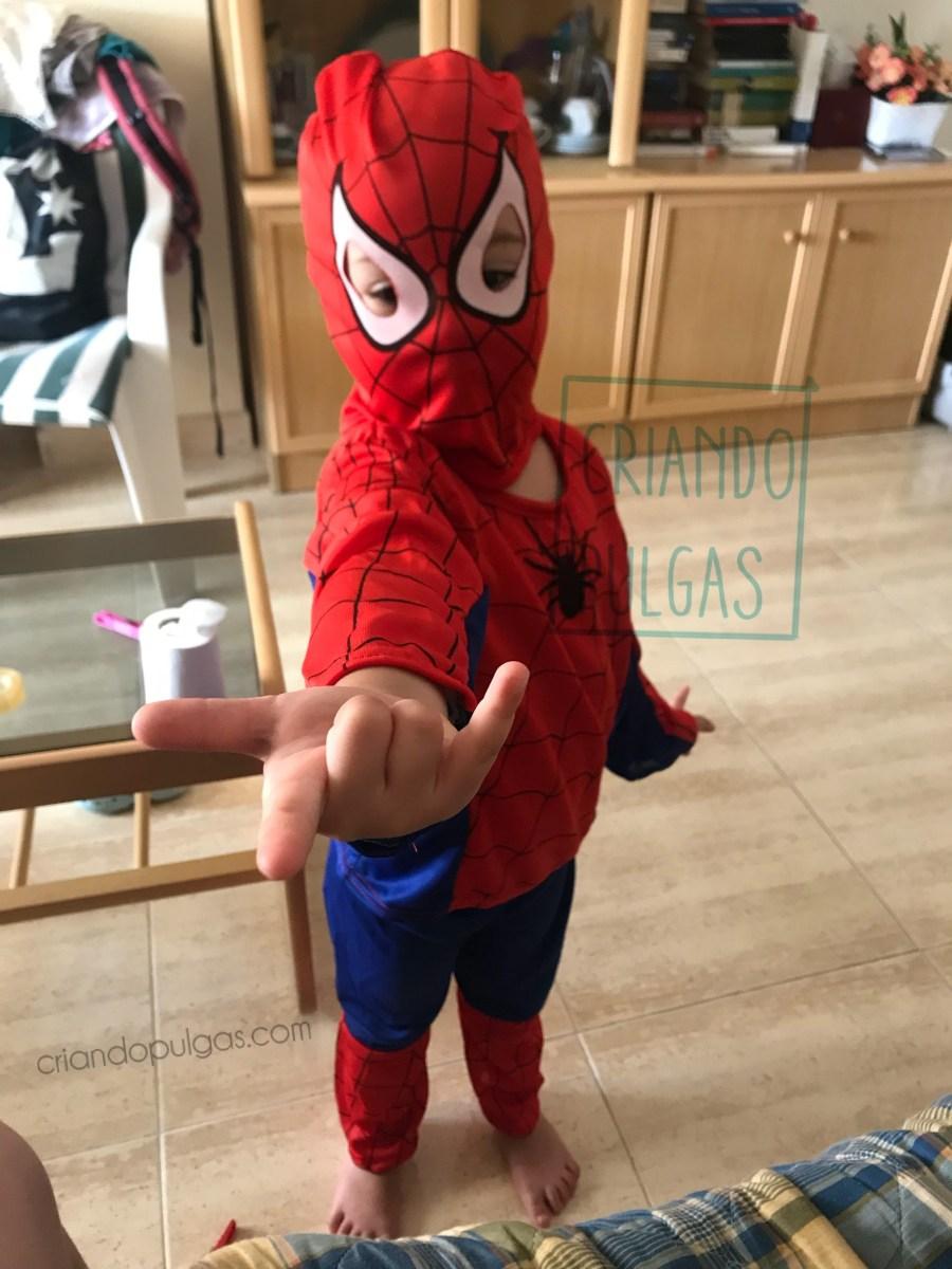 Estrenando tu disfraz de Spiderman