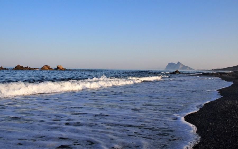 Playa de La Alcaidesa una tarde de viento de levante