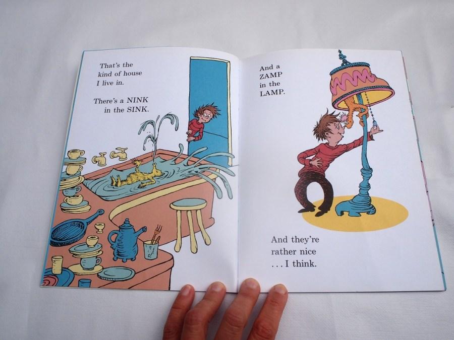 Página del libro There's a wocket on my pocket de Dr seuss. Se ven los animale inventados por el en las diferentes partes de la casa