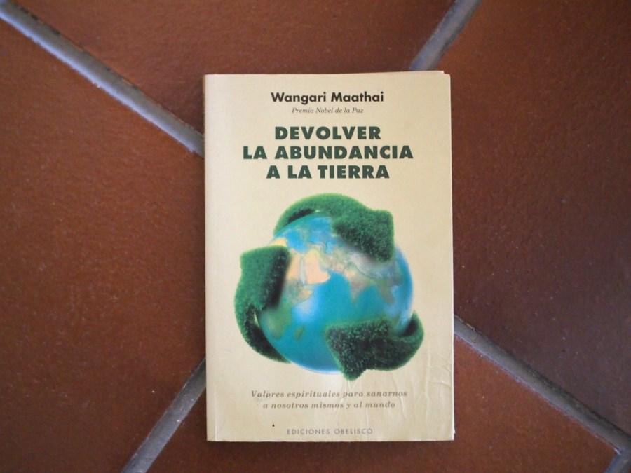 Portada del libro Devolver la abundancia a la tierra