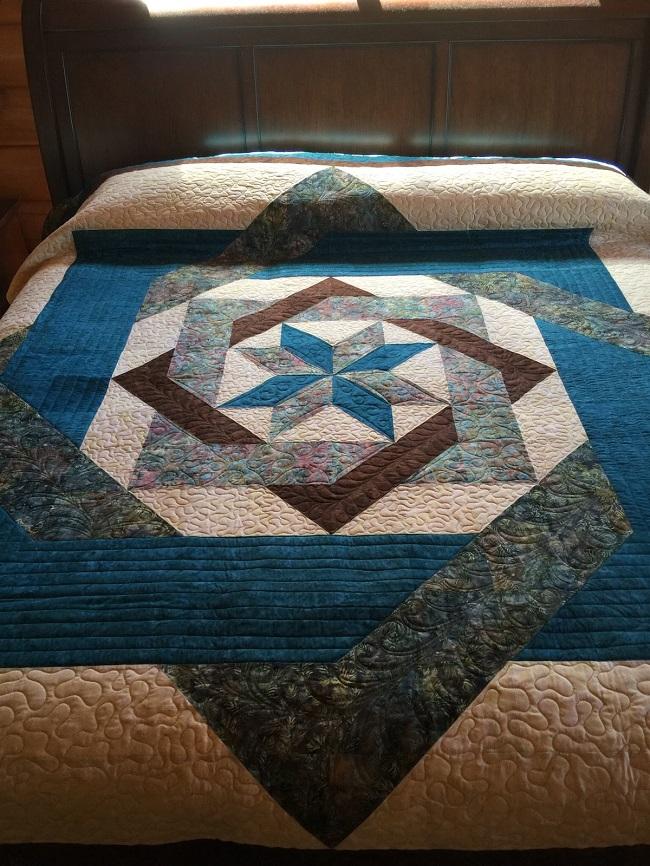 Labyrinth Quilt Block