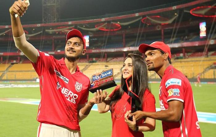 Akshar Patel, Preity Zinta, Sandeep Sharma IPL 2017