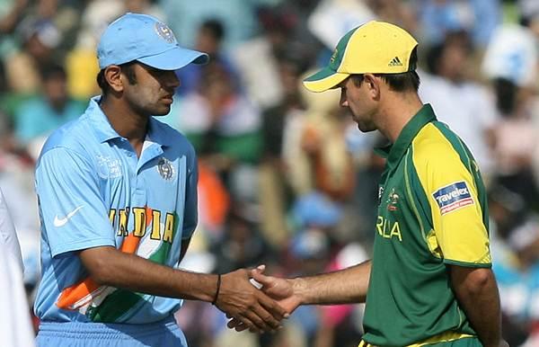 India cricket captain Rahul Dravid (L) s