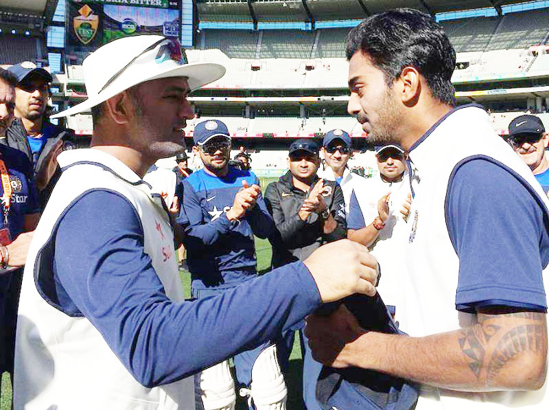 KL Rahul Test cap given by MS Dhoni