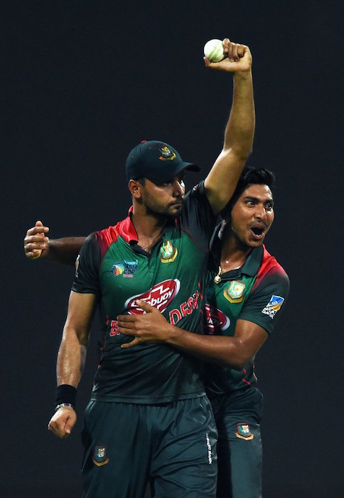 Mashrafe Mortaza catch
