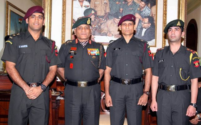 ms-dhoni-in-Territorial-Army