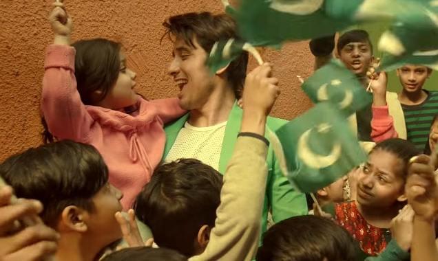 "Ali Zafar releases PSL Anthem ""Mela Loot Liya"""