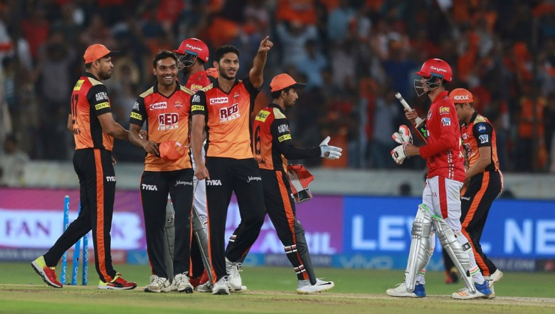 Sunrisers Hyderabad team celebrates after winning the match