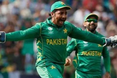 Sarfaraz Ahmed retained as captain