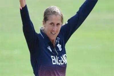 Jenny Gunn retires from international cricket 1