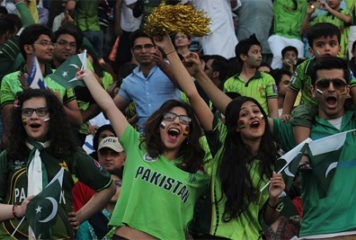 Test Cricket Returns to Pakistan After 10 Years 1
