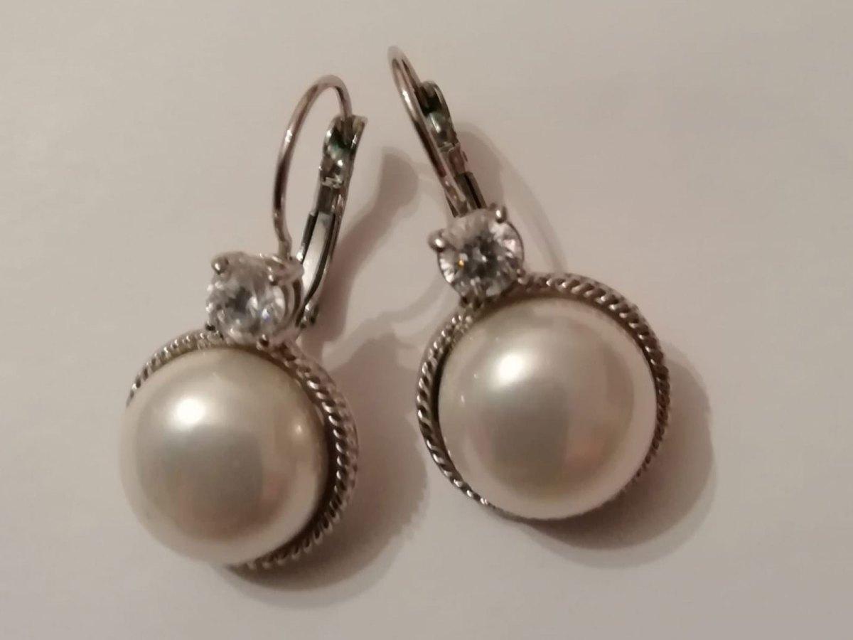 Orecchini finte perle